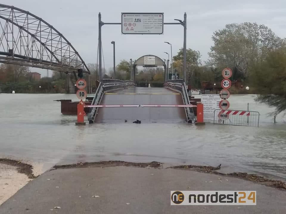 Maltempo a Jesolo: ponte di Cortellazzo chiuso - Nordest24.it