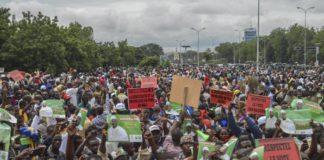 Mali: l'imam leader dell'opposizione fa appello alla calma