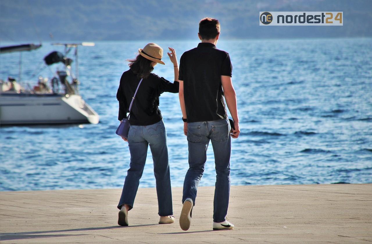Coronavirus, positive dopo viaggio in Croazia: 24 persone isolate